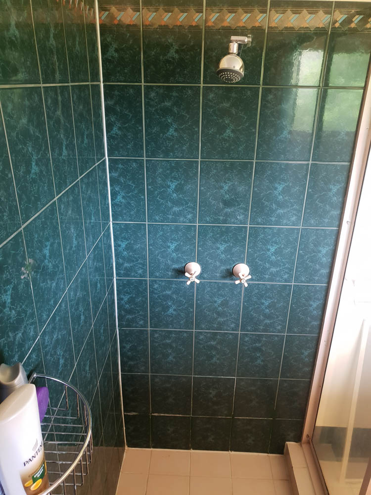 Bathroom Refresh or Grout Restoration | Top Coat Kitchen ...